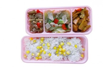 幼儿园午餐
